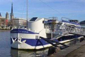 la bodega en seine location bateau rouen 76000 seine maritime. Black Bedroom Furniture Sets. Home Design Ideas