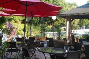 le jardin du paradis location lieu atypique talmont. Black Bedroom Furniture Sets. Home Design Ideas