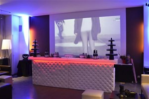 loft bastille location lieu atypique paris 11 me 75011. Black Bedroom Furniture Sets. Home Design Ideas