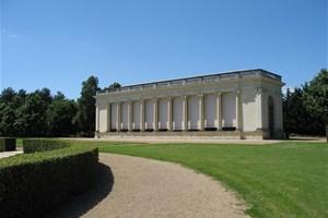 Chateau de pignerolle salle de l 39 orangerie location for Les 5 jardins saint barthelemy d anjou