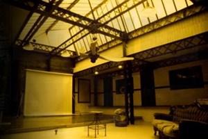 Zazou 39 studio location lieu atypique paris 20 me 75020 for Studio atypique paris